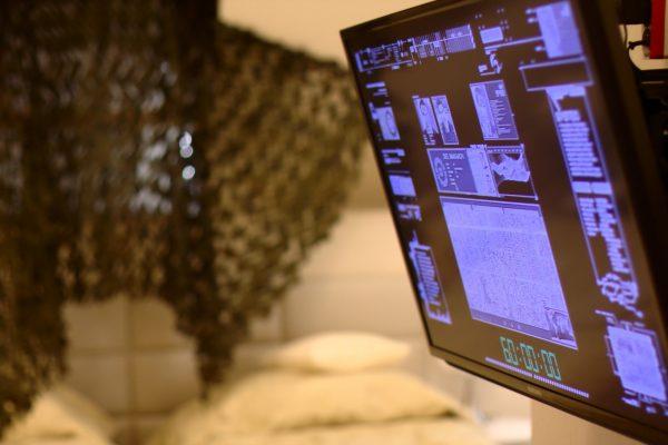 Mobilny escape room w pokojach hotelowych Manor House